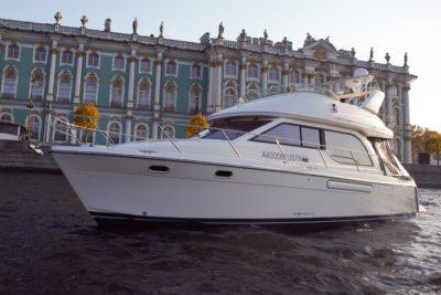 Яхта Meridian 381